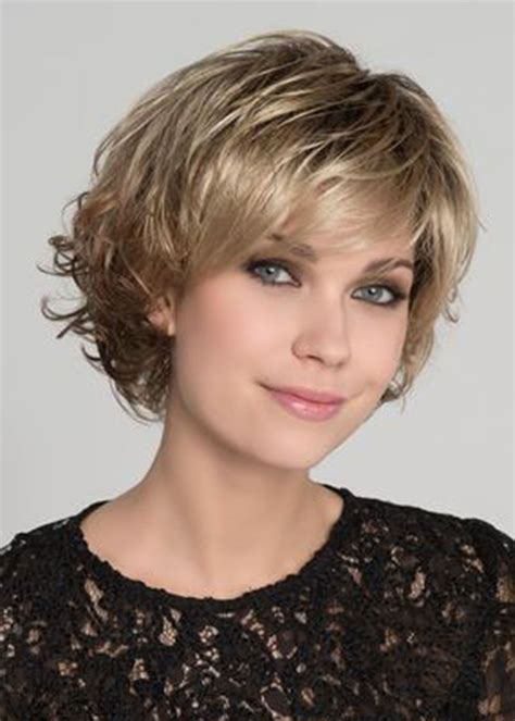 Women's Short Bob Layered Hairstyle Natural Straight