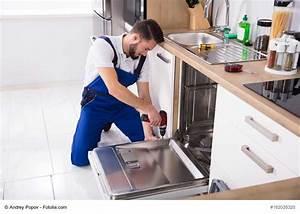 Spülmaschine Blende Montieren : sp lmaschine einbauen leicht gemacht die ultimative anleitung ~ Eleganceandgraceweddings.com Haus und Dekorationen