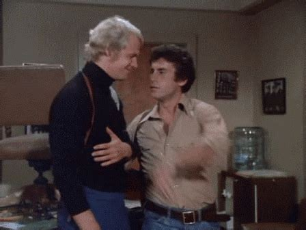 Starsky And Hutch Running - tv gif find on giphy