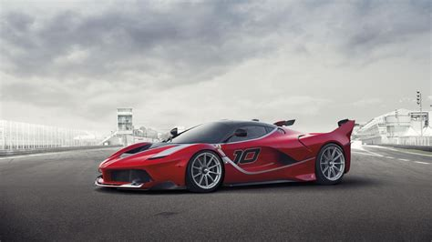 Trackfocused Ferrari Fxx K Introduced With 1035horsepower