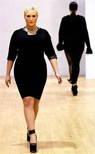 Hayley Hasselhoff Walks the Runway at British Plus Size ...
