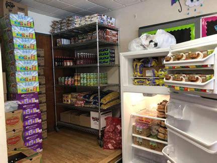Grand Rapids Food Pantry Vandyke Elementary School Community Opens Food Pantry