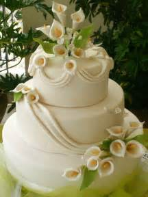 wedding cake ornament calla cake weddings the wedding specialists