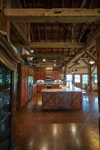 Texas Country Barn Home - Heritage Restorations