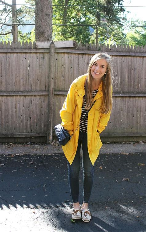 Best 25+ Yellow raincoat ideas on Pinterest | Rain jacket Rain jackets and Cute rain jacket