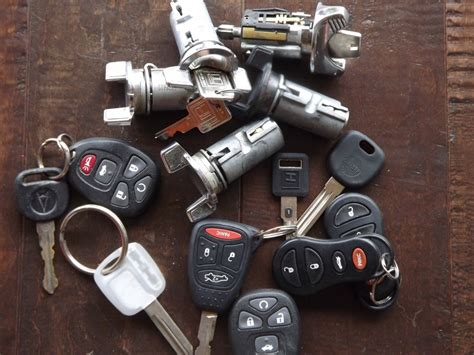 Car Keys, Computer Chip Vehicle Keys, Car Remotes