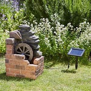 Fontaine De Jardin Solaire : fontaine solaire roue de moulin fontaines cascades ~ Dailycaller-alerts.com Idées de Décoration