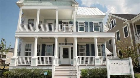 attractive exterior house paint colors with modest homes