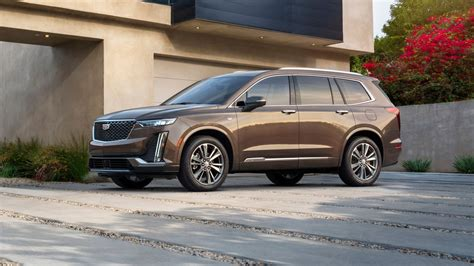 2020 Cadillac Suv Lineup by The 2020 Cadillac Xt6 Will Be Cadillac S Three Row