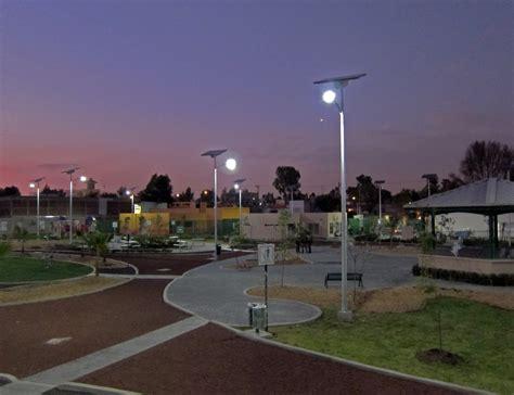 Mexico City Illuminates Heritage Park With Carmanah