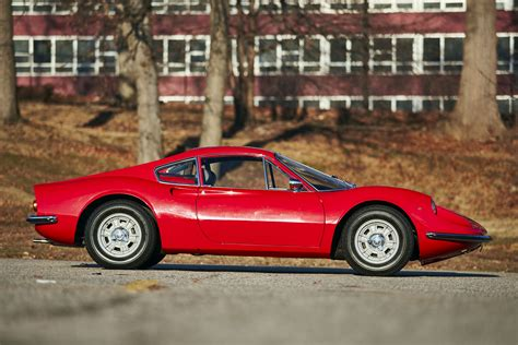 The dino 246 was the first automobile manufactured by ferrari in high numbers. FERRARI Dino 206 GT specs & photos - 1968, 1969 - autoevolution