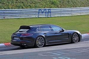 Porsche Panamera Break : la porsche panamera break montre son aileron mobile ~ Gottalentnigeria.com Avis de Voitures