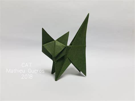 easy origami cat designed  folded