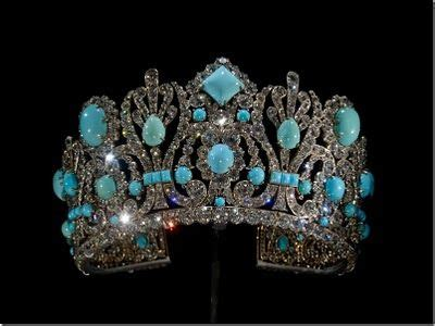 expensive jewelry  carat diamond necklace