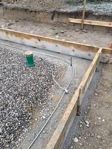 Bewehrung Bodenplatte Aufbau : wir bauen mit keitel haus in markt buchbach der 8 tag die bodenplatte wird gegossen ~ Orissabook.com Haus und Dekorationen