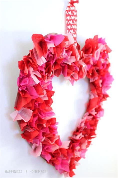 tissue paper valentines day wreath allfreeholidaycraftscom