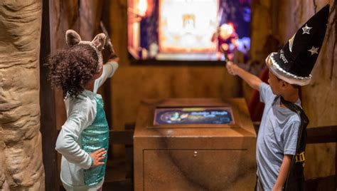 MagiQuest | Attractions | Great Wolf Lodge Pocono ...