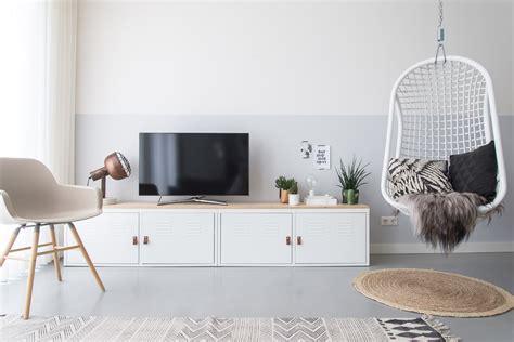 tv kastje scandinavisch ikea hack tv meubel ikea ps kast remade with love