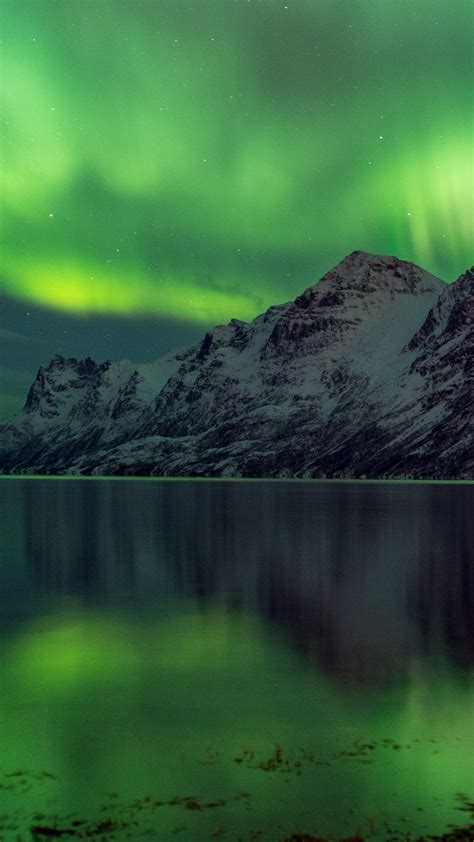 wallpaper aurora borealis   wallpaper abisko