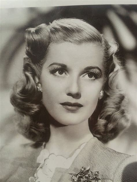 1940s Easy Hairstyles by 1940s Hairstyles For S To Try Once In Lifetime