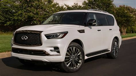 2021 Infiniti QX80 Arrives With New, More Luxurious ...