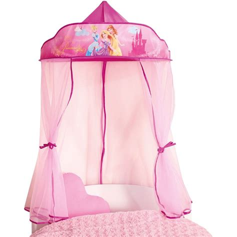 chambre neuf disney princess pendant lit à baldaquin neuf chambre à