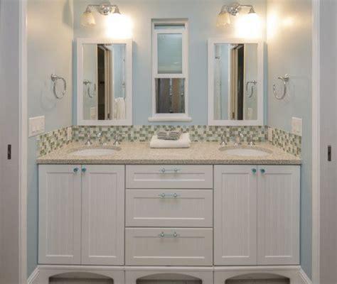 double sinks  jack  jill bathroom  house