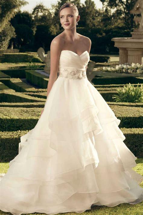 absolutely stunning wedding dresses  fluffy skirt