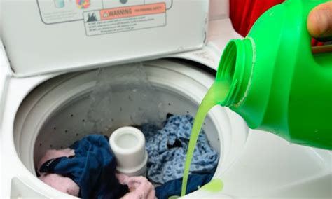 Best Laundry Detergent Buying Guide by Choosing The Right Laundry Detergent Smart Tips