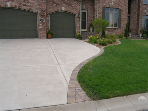 paver sidewalk ideas concrete pavers ideas concrete