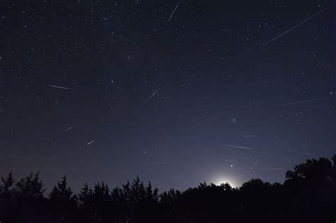 How To Photograph Meteor Shower by How To Photograph Meteor Showers B H Explora