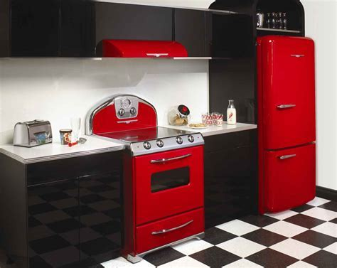 Unique Red Vintage Kitchen: The Reviving Style