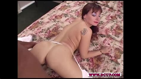 D Cup Sexy Big Titted Redhead Babe Amber Moon Gets Her