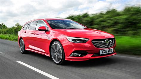 vauxhall insignia vauxhall insignia sports tourer 2017 review by car magazine