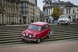 Mini Coopers Re Enact The Italian Job In Birmingham