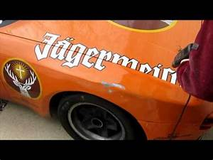 how to remove vinyl decals from car youtube With removing vinyl lettering from vehicle