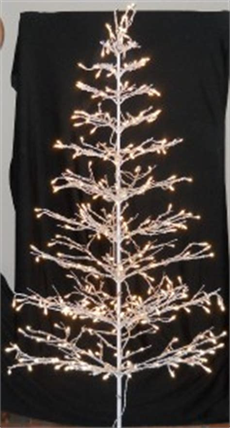 6ft white tree 350 lights sculpture indoor