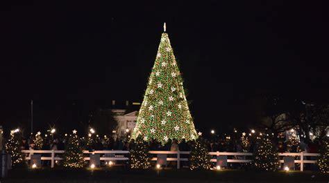 file us national christmas tree 2012 jpg wikimedia commons