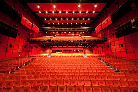 Theater am Potsdamer Platz transformed into Berlinale ...