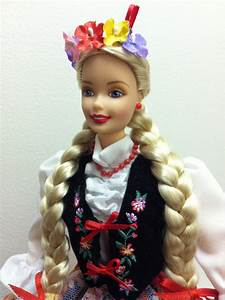Barbie De-Boxed: Dolls of the World: Polish  Barbie