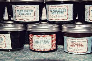 5 inexpensive wedding favors rustic wedding chic for Jelly jar labels for wedding favors
