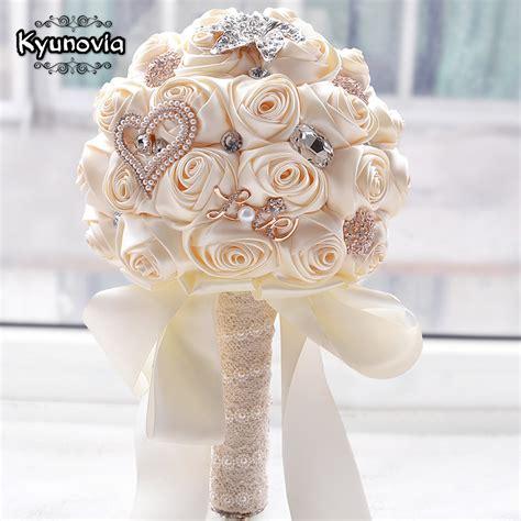 kyunovia  stock stunning wedding flowers white