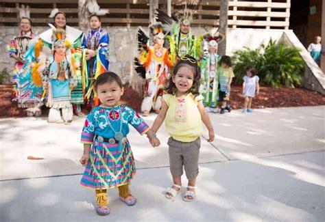 smile    st annual miccosukee indian arts