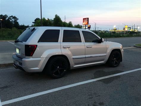 2006 jeep grand cherokee custom 2006 jeep grand cherokee srt 8 16 000 firm 100616981