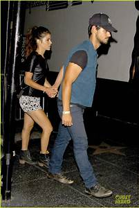 Taylor Lautner & Girlfriend Are Still Going Strong at ...