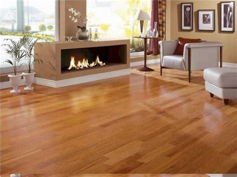 should you put hardwood floors in kitchen piso de madeira t 225 buas assoalho e tacos pre 231 o 9762