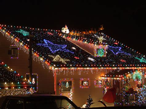 christmas light decoration ideas top 10 outdoor lights house decorations digsdigs