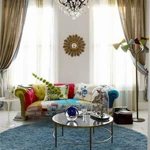 un tapis rond shaggy la touche de douceur et du confort With tapis exterieur avec canape bleu electrique