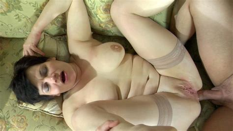 Momsgiveass Video Elsa And Nicholas Moms Give Ass Xxx
