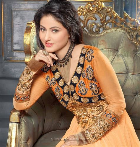 hina khan biography telugu apple news